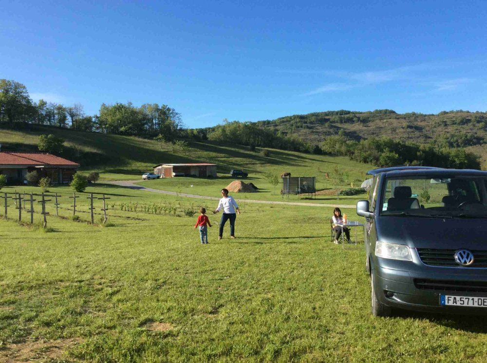Aire camping-car à Dun (09600) - Photo 2